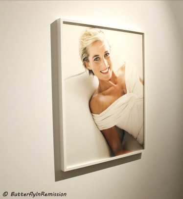 Princess Diana by Mario Testino kensington palace exhibition