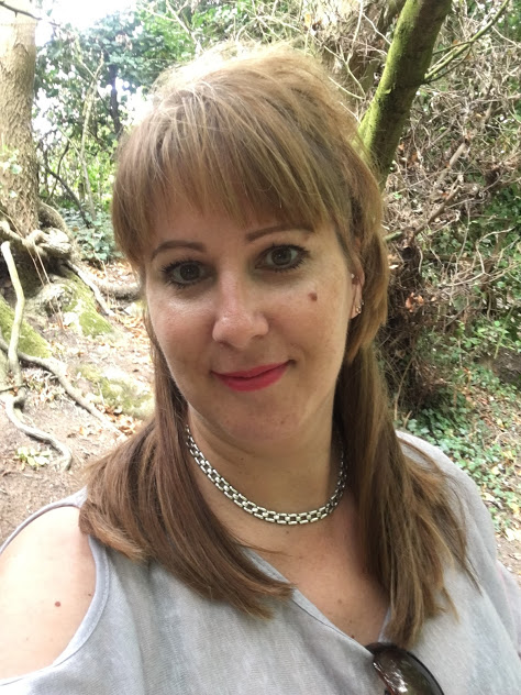 Anna Mamwell leukaemia aml blogger lifestyle